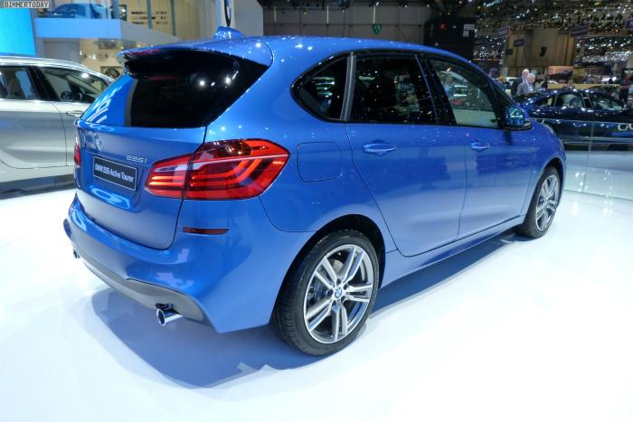 BMW-2er-Active-Tourer-F45-225i-M-Paket-Estorilblau-Genf-2014-LIVE-02