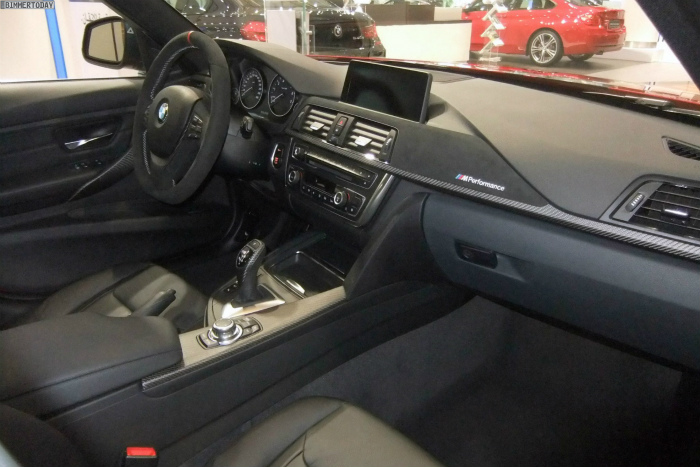 BMW-M-Performance-3er-F30-335i-Tuning-Zubehoer-Abu-Dhabi-05