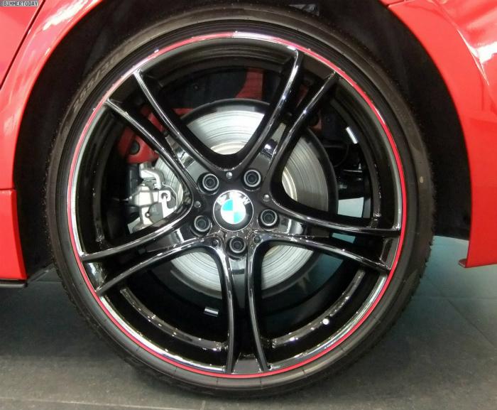 BMW-M-Performance-3er-F30-335i-Tuning-Zubehoer-Abu-Dhabi-12