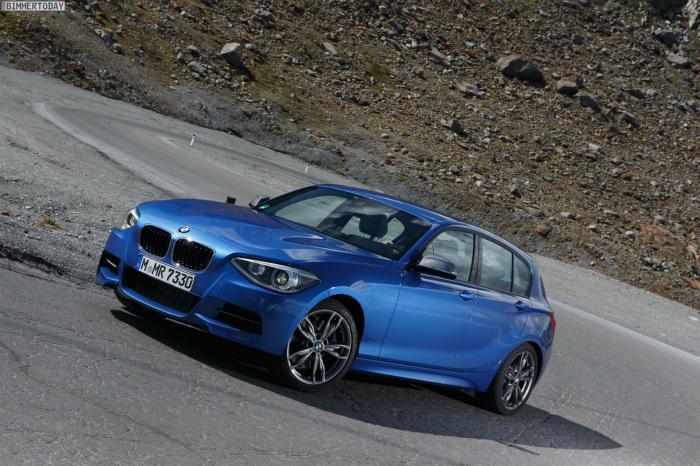 BMW-M135i-xDrive-F20-1er-Allrad-2012-Estorilblau-06