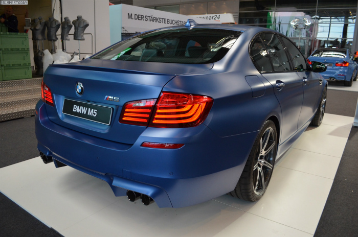 BMW-M5-F10-LCI-Competition-Paket-Frozen-Blue-N24h-2014-10