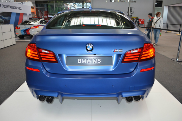 BMW-M5-F10-LCI-Competition-Paket-Frozen-Blue-N24h-2014-11