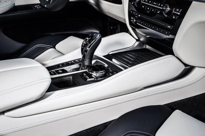BMW-X6-2014-Innenraum-Leder-Nappa-Elfenbeinweiss-erweitert-Pure-Extravagance-04
