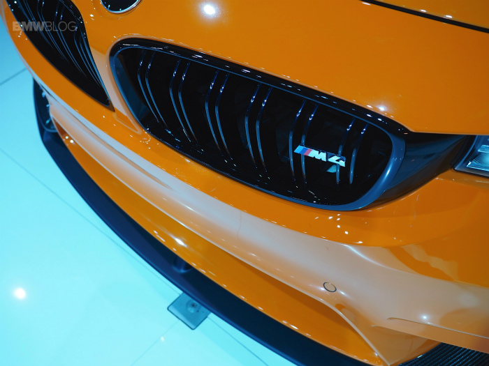 BMW-M4-Feuerorange-F82-Individual-M-Performance-Zubehoer-LA-Auto-Show-2014-08