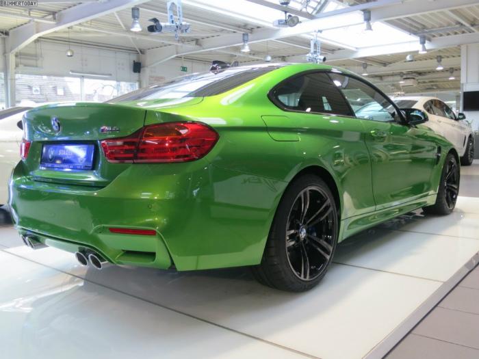Java-Green-BMW-M4-F82-Java-Gruen-BMW-Individual-Autohaus-Stadel-12-1024x768