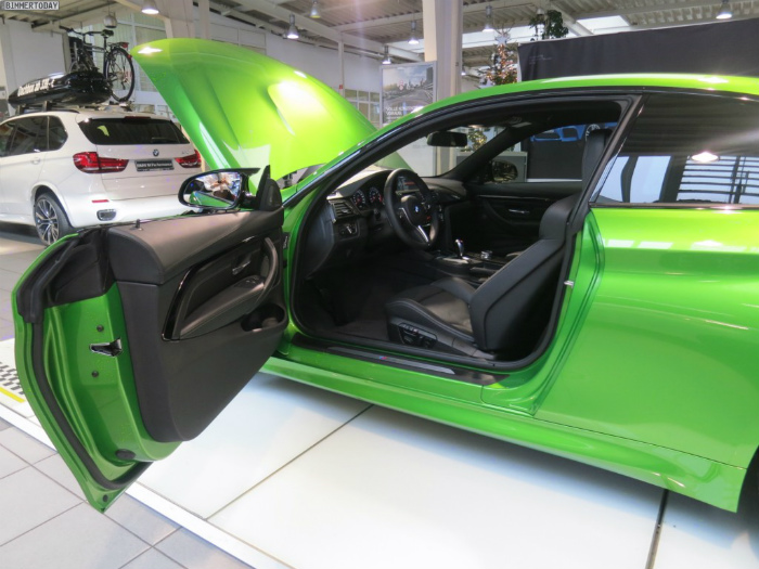 Java-Green-BMW-M4-F82-Java-Gruen-BMW-Individual-Autohaus-Stadel-18-1024x768