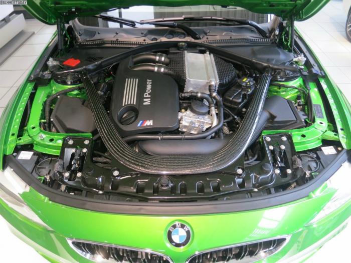 Java-Green-BMW-M4-F82-Java-Gruen-BMW-Individual-Autohaus-Stadel-21-1024x768