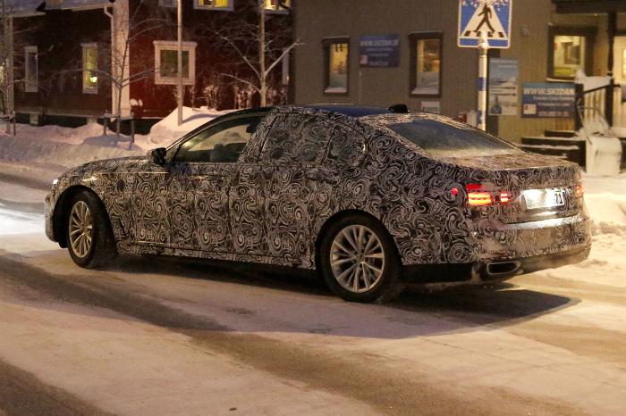 BMW-7-series-006