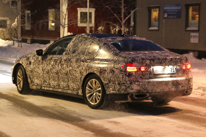 BMW-7-series-007
