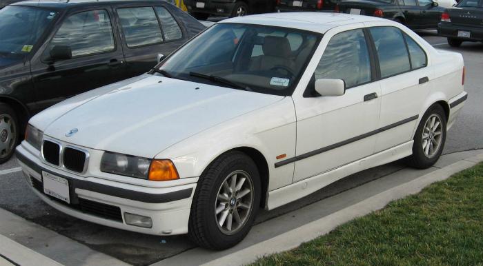 BMW-E36-sedan