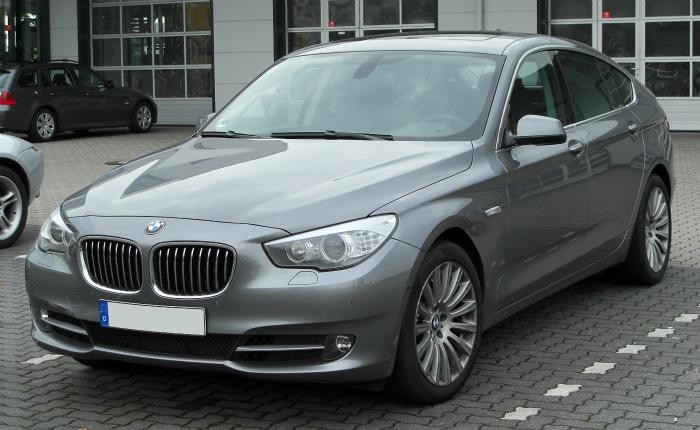 BMW_5er_GT_(F07)_front_20100508