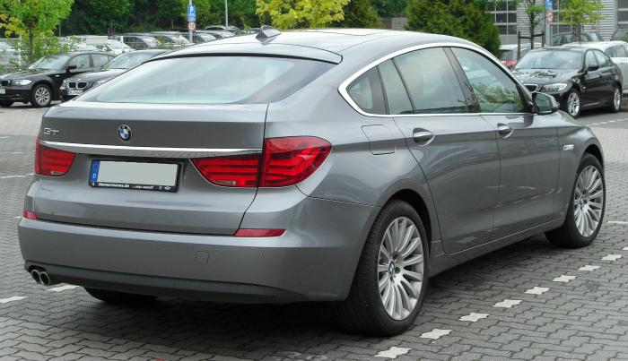 BMW_5er_GT_(F07)_rear_20100508