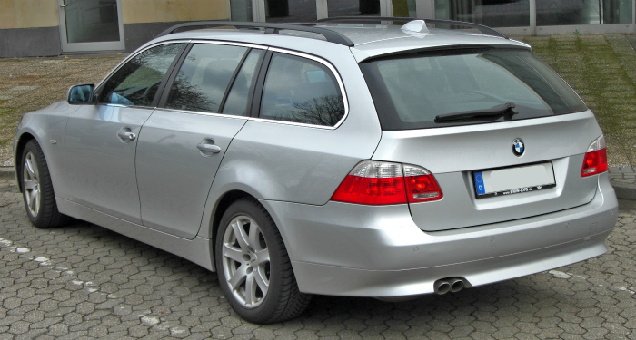 BMW_5er_Touring_20090224_rear