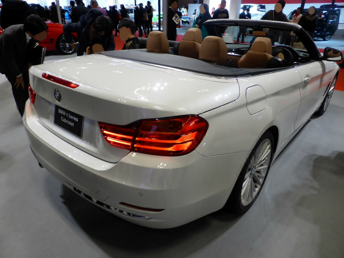 Osaka_Motor_Show_2013_(206)_BMW_428i_Cabriolet_(F33)