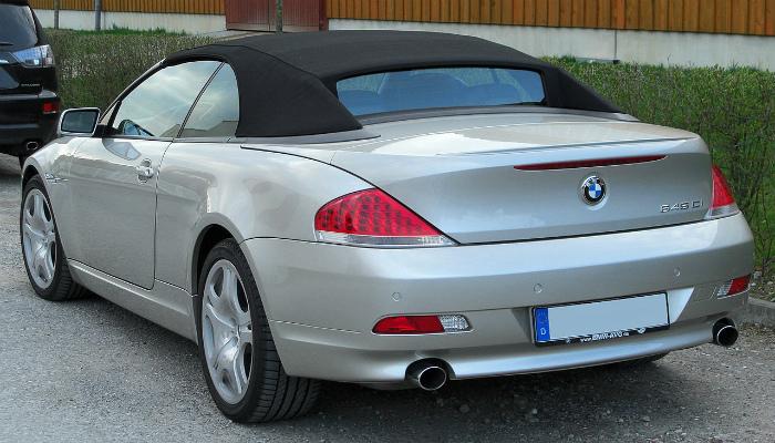 1280px-BMW_645Ci_rear_20100411