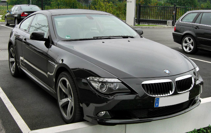 1280px-BMW_6er_Coupé_Facelift_20090808_front