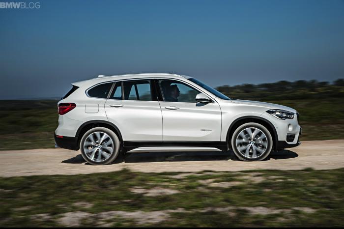 2016-BMW-X1-exterior-1900x1200-images-04