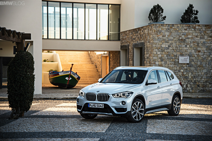 2016-BMW-X1-exterior-1900x1200-images-13