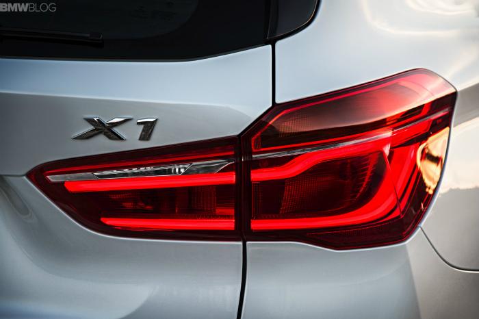 2016-BMW-X1-exterior-1900x1200-images-19