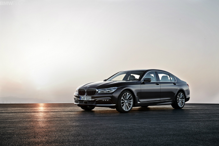 2016-bmw-7-series-exterior-images-1900x1200-11