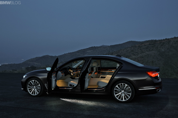 2016-bmw-7-series-exterior-images-1900x1200-12
