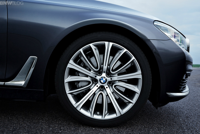 2016-bmw-7-series-exterior-images-1900x1200-29