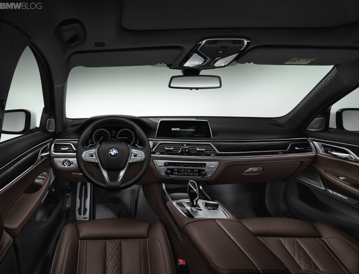 2016-bmw-7-series-interior-images-1900x1200-14