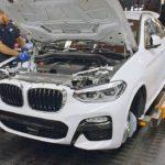BMW X4[G02]が出来るまでの動画。工場ラインの風景。